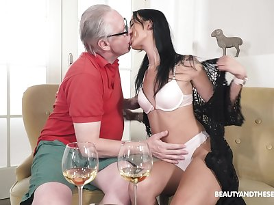 Old man fucks his sensual niece and cums dominant their way